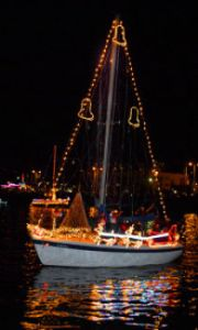 christmas-boat-parade-san-diego-2010-210x350-38kb